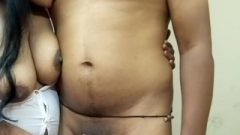 Big Boobs Indian slut Sucking Nipple & Giving wank Till He Cum