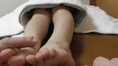 Nippon Nubile Chick Receives Her Feet Tickled With A Toothbrush